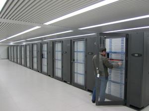 Le supercpmputer chinois Tianhe-1A1, classé premier fin 2010, 8ème en 2013.